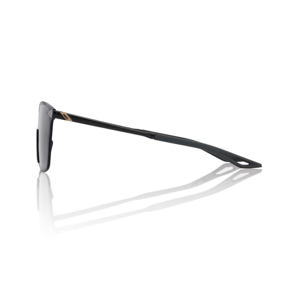 LEGERE Square – Polished Black – Smoke Lens